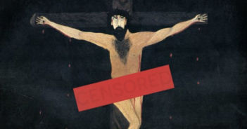 was Jesus naked on the cross